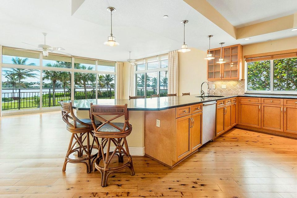 INLET POINTE REALTY