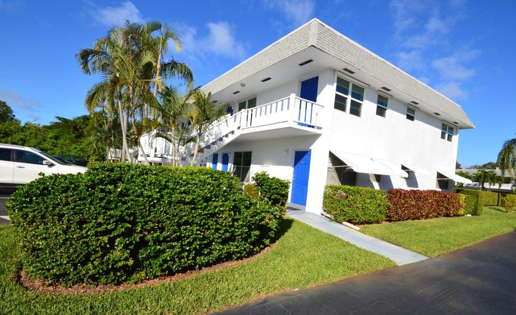 Condominium for Sale at 2929 SE Ocean Boulevard # B-5 2929 SE Ocean Boulevard # B-5 Stuart, Florida 34996 United States
