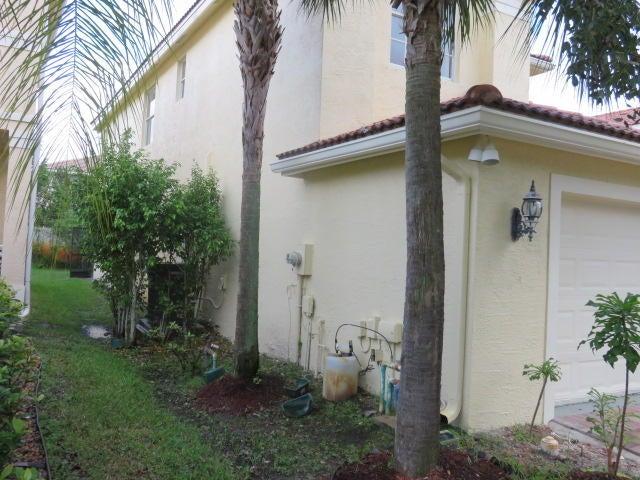 11475 Sage Meadow Terrace Royal Palm Beach, FL 33411 photo 2