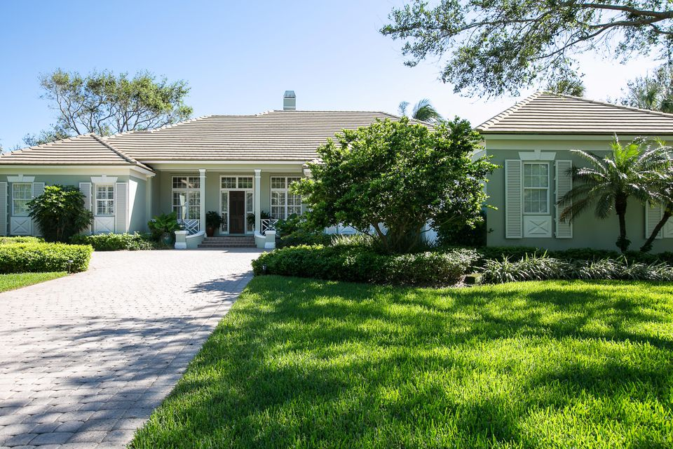 Single Family Home for Sale at 118 Hidden Oak Drive 118 Hidden Oak Drive Indian River Shores, Florida 32963 United States