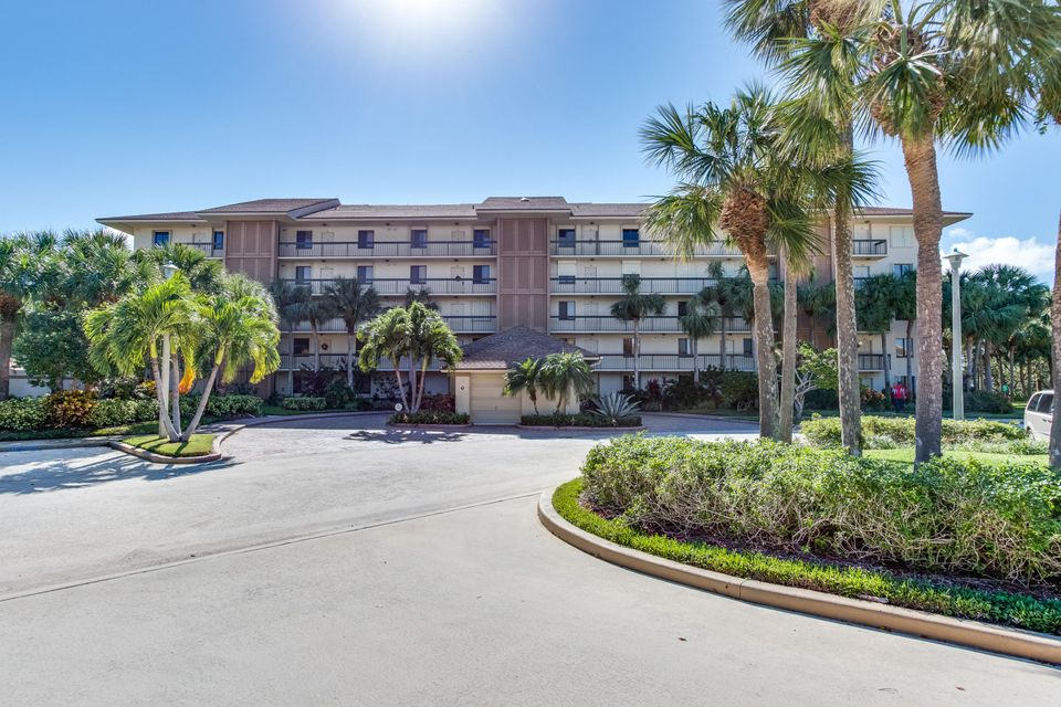 Condominium for Sale at 2201 Marina Isle Way # 106 2201 Marina Isle Way # 106 Jupiter, Florida 33477 United States