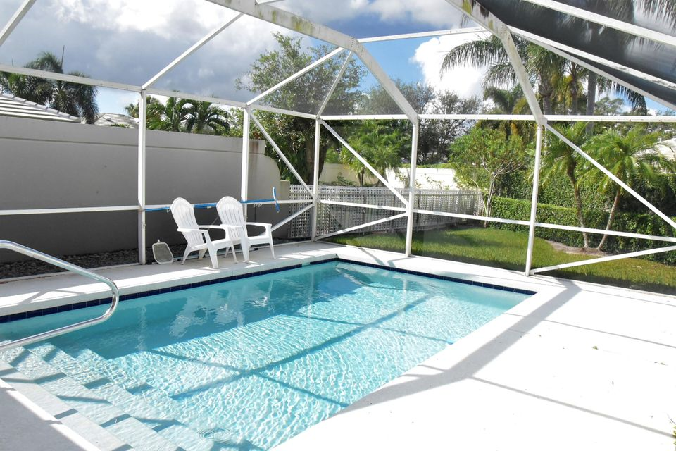 8319 Old Forest Road , Palm Beach Gardens FL 33410 is listed for sale as MLS Listing RX-10367235 15 photos