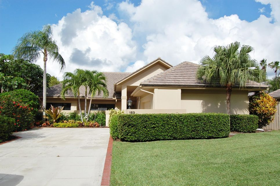 153 Coventry Place , Palm Beach Gardens FL 33418 is listed for sale as MLS Listing RX-10380015 50 photos