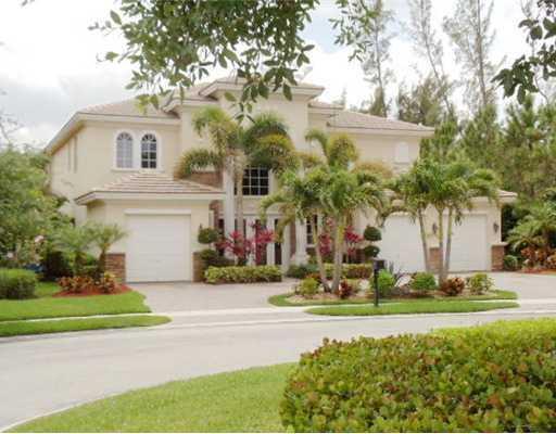 Single Family Home for Rent at 509 Edgebrook Lane 509 Edgebrook Lane Royal Palm Beach, Florida 33411 United States