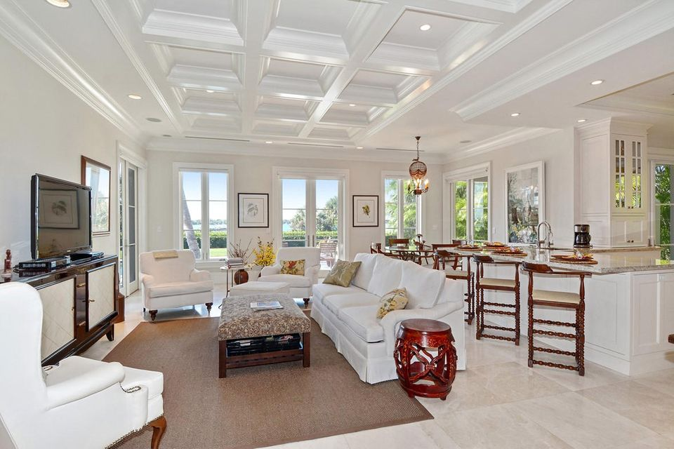 1191 N Lake Way , Palm Beach FL 33480 is listed for sale as MLS Listing RX-10380124 photo #7