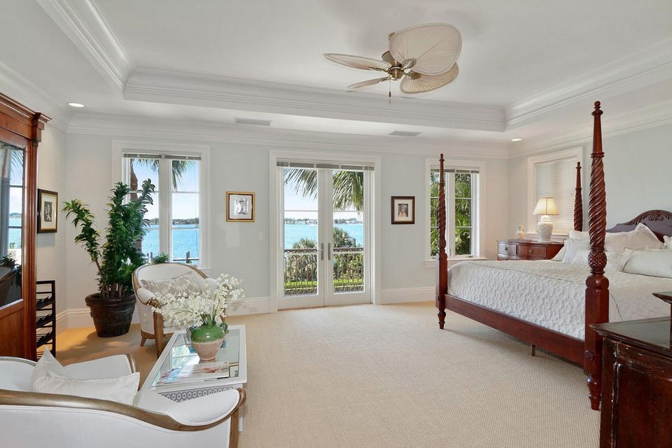 1191 N Lake Way , Palm Beach FL 33480 is listed for sale as MLS Listing RX-10380124 photo #10