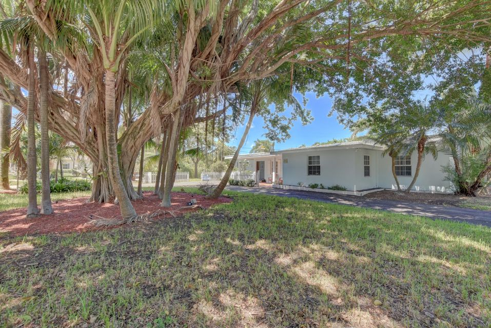 Single Family Home for Rent at 1301 Lake Drive 1301 Lake Drive Delray Beach, Florida 33444 United States