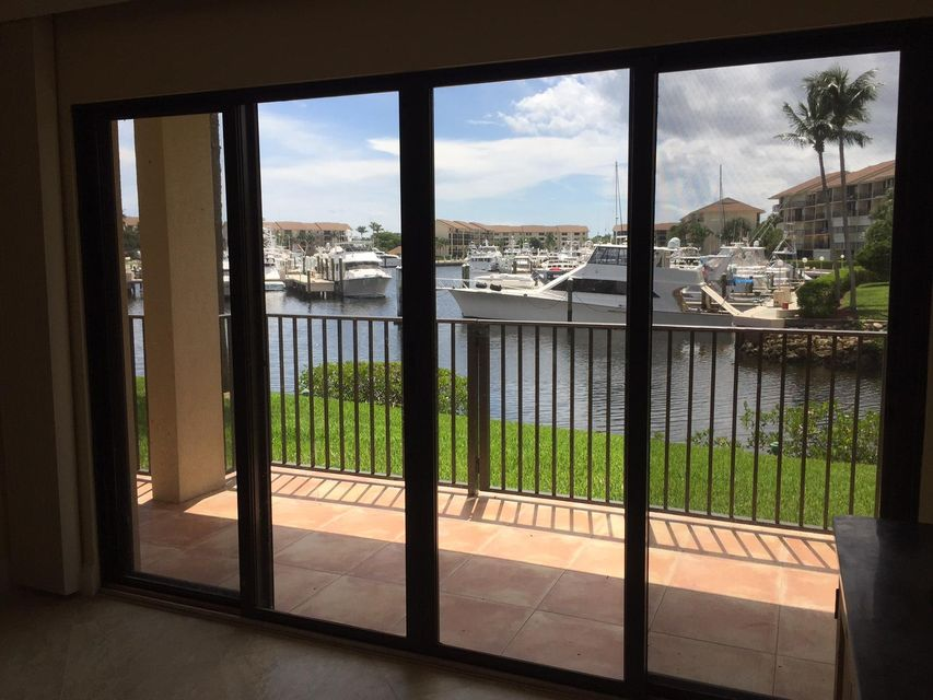 1601 Marina Isle Way 105 , Jupiter FL 33477 is listed for sale as MLS Listing RX-10380189 30 photos