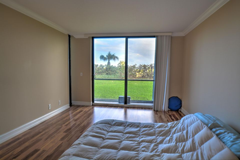 Additional photo for property listing at 3150 N Hwy A1a  # 102  Hutchinson Island, Florida 34949 United States