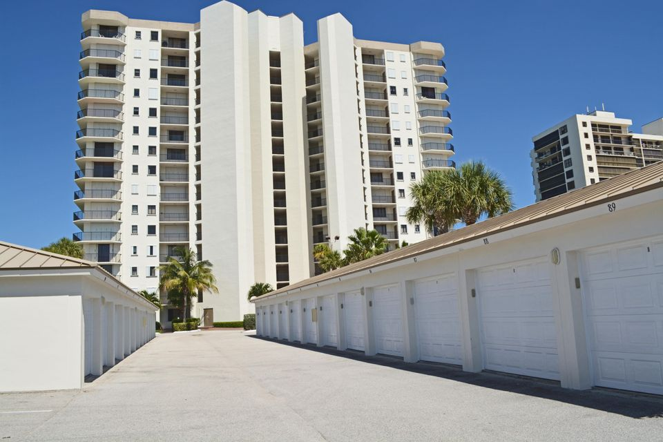 Additional photo for property listing at 3150 N Hwy A1a  # 102 3150 N Hwy A1a  # 102 Hutchinson Island, Florida 34949 United States