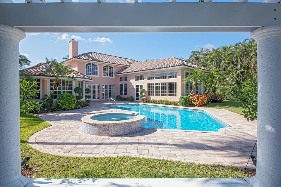 PINE TREE GOLF CLUB home 4555 Turnberry Court Boynton Beach FL 33436