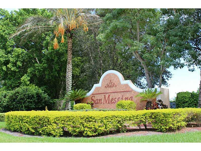 Casa unifamiliar adosada (Townhouse) por un Venta en 1899 Madeira Drive 1899 Madeira Drive Weston, Florida 33327 Estados Unidos