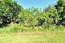 Single Family Home for Sale at 2925 SE Ironton Avenue 2925 SE Ironton Avenue Port St. Lucie, Florida 34952 United States