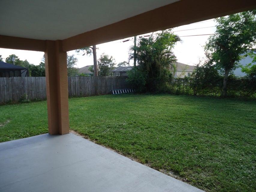 810 Sw Nichols Terrace