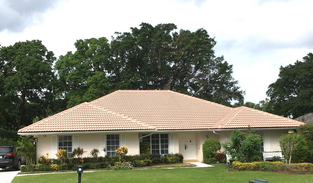 18 Berwick Road , Palm Beach Gardens FL 33418 is listed for sale as MLS Listing RX-10381787 22 photos