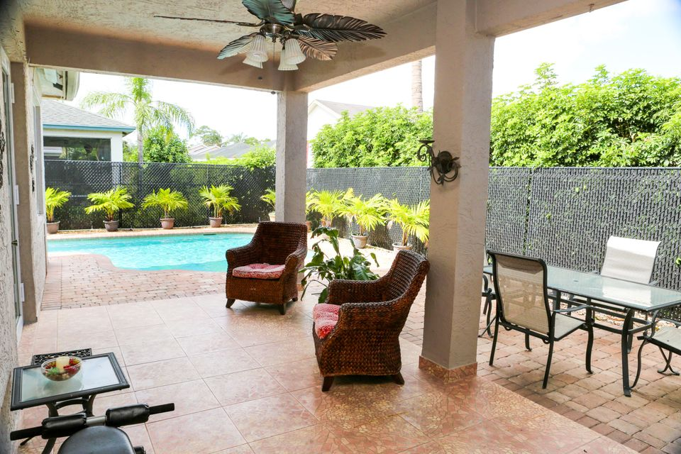 1017 Cape Cod Terrace West Palm Beach, FL 33413 photo 22