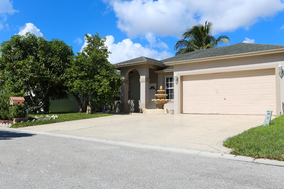 1017 Cape Cod Terrace West Palm Beach, FL 33413 photo 25