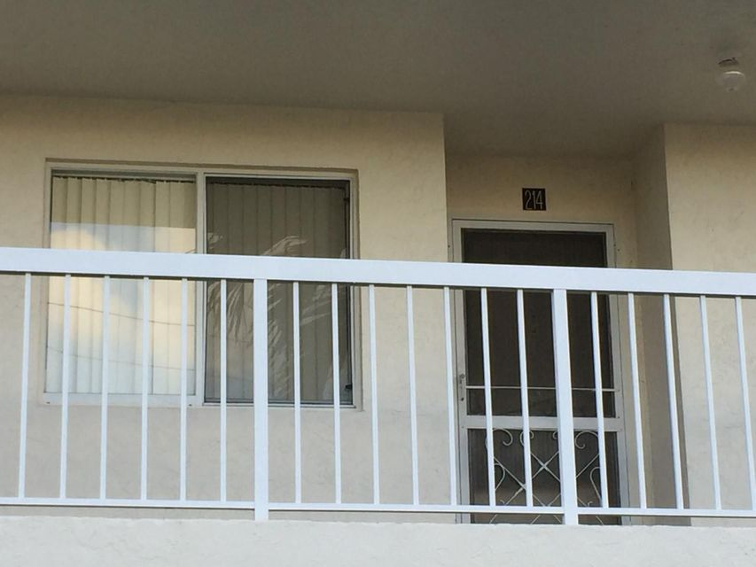 Co-op / Condo for Rent at Address not available Lake Worth, Florida 33467 United States