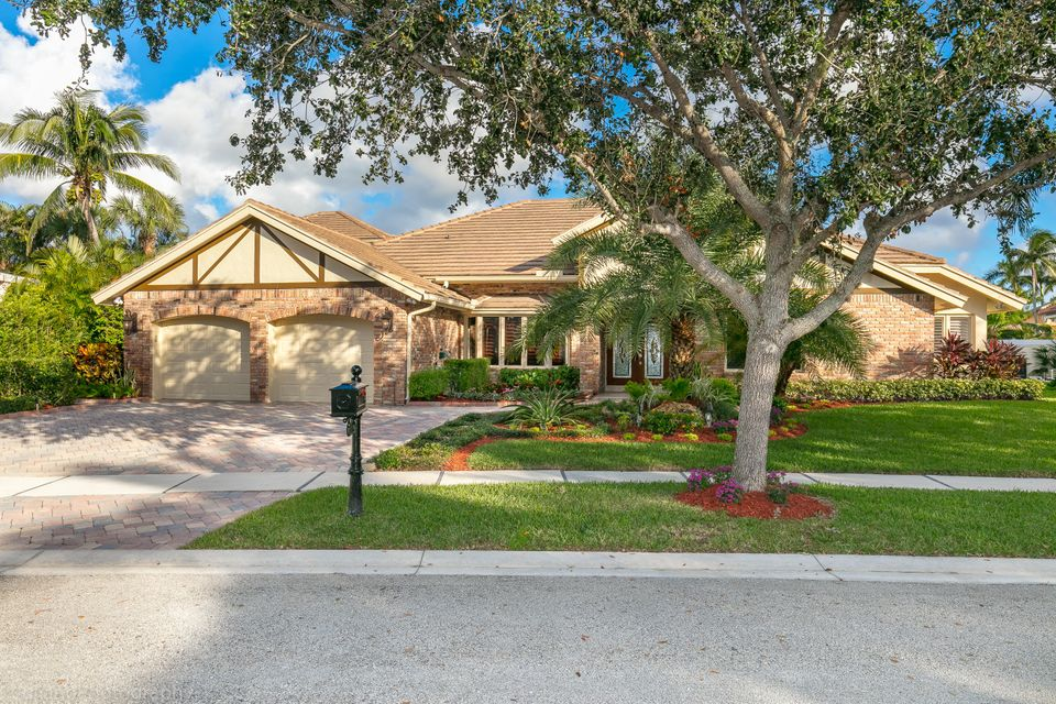 5874 Harrington Way  Boca Raton FL 33496