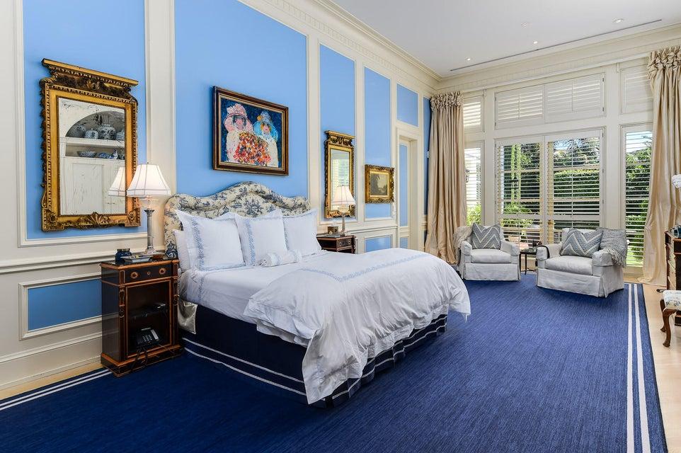 Additional photo for property listing at 143 Casa Bendita 143 Casa Bendita Palm Beach, Florida 33480 United States