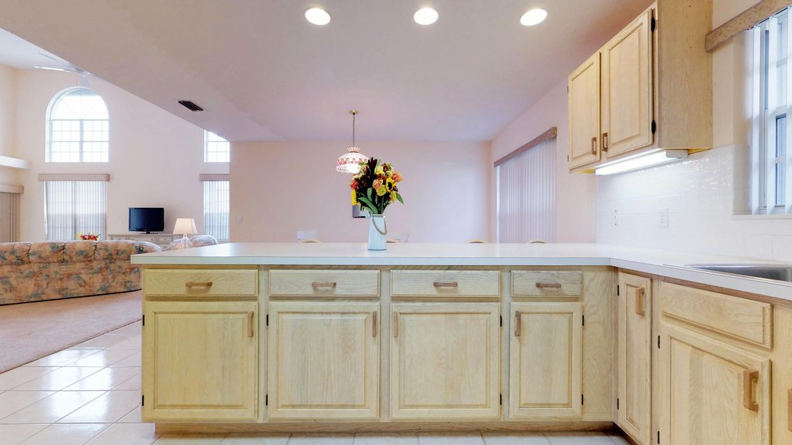Additional photo for property listing at 135 Dominion Court  Hutchinson Island, Florida 34949 United States