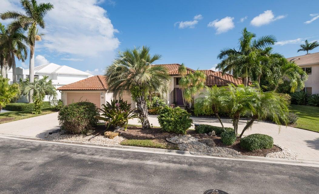 Home for sale in SUTTON PLACE AT HUNTERS RUN Boynton Beach Florida