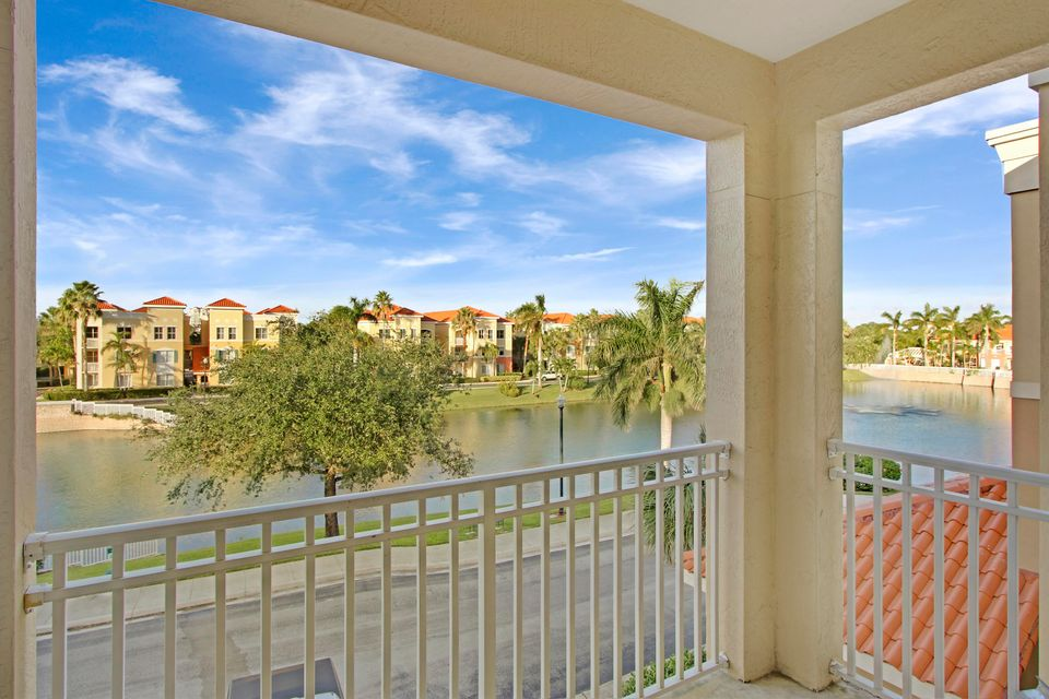 11022 Legacy Drive 304 , Palm Beach Gardens FL 33410 is listed for sale as MLS Listing RX-10380946 14 photos