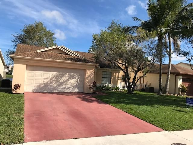 Single Family Home for Sale at 5089 Willow Pond Road W 5089 Willow Pond Road W West Palm Beach, Florida 33417 United States