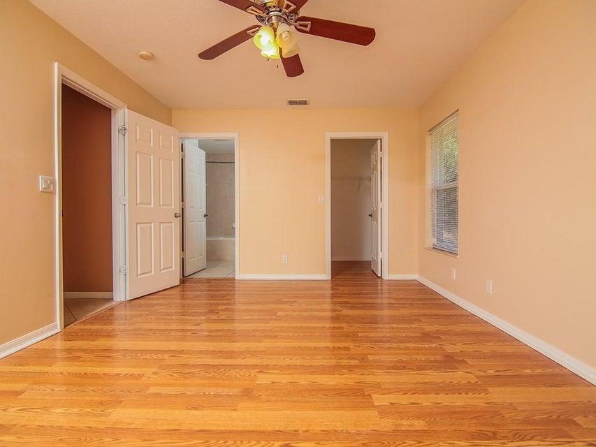 985 SW Hamberland Avenue Port Saint Lucie, FL 34953 - MLS #: RX-10380889