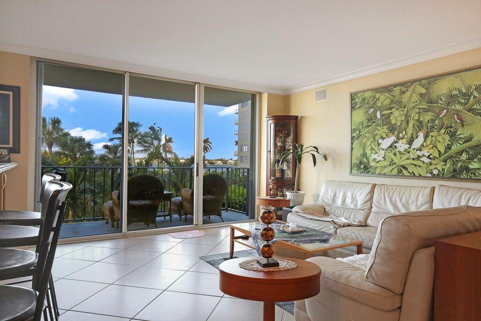 1801 S Flagler Drive 310  West Palm Beach, FL 33401