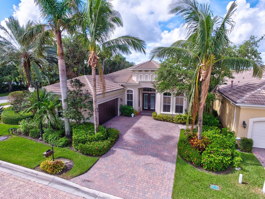 101 Dalena Way , Palm Beach Gardens FL 33418 is listed for sale as MLS Listing RX-10381187 112 photos