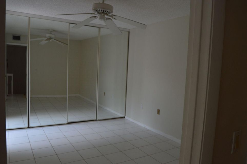 Additional photo for property listing at 1613 16th Terrace 1613 16th Terrace Palm Beach Gardens, Florida 33418 United States