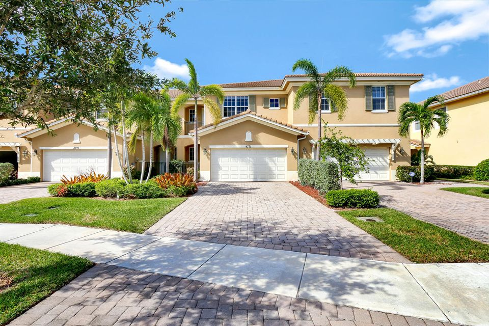 4771 Cadiz Circle , Palm Beach Gardens FL 33418 is listed for sale as MLS Listing RX-10379962 19 photos