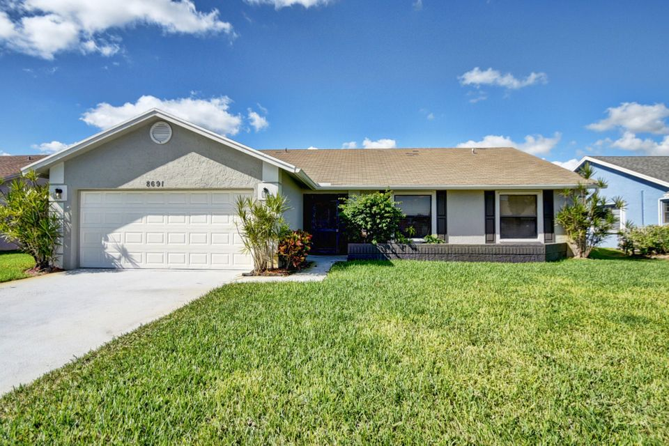 8691 White Egret Way  Lake Worth FL 33467