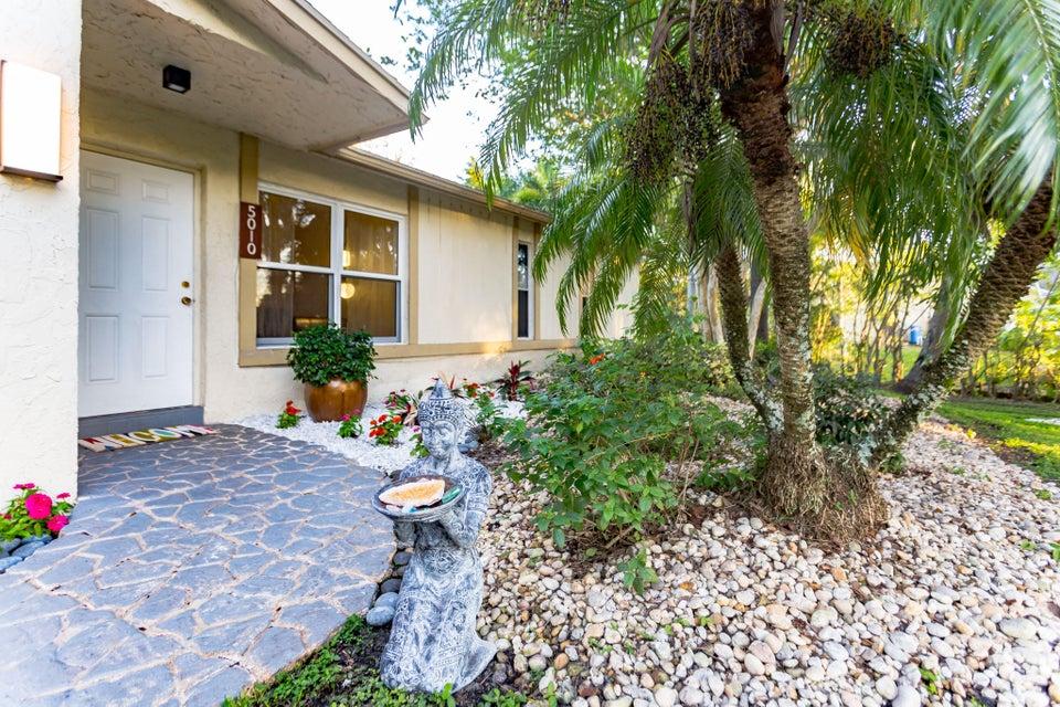 Casa Unifamiliar por un Venta en 5010 SW 199 Avenue 5010 SW 199 Avenue Southwest Ranches, Florida 33332 Estados Unidos