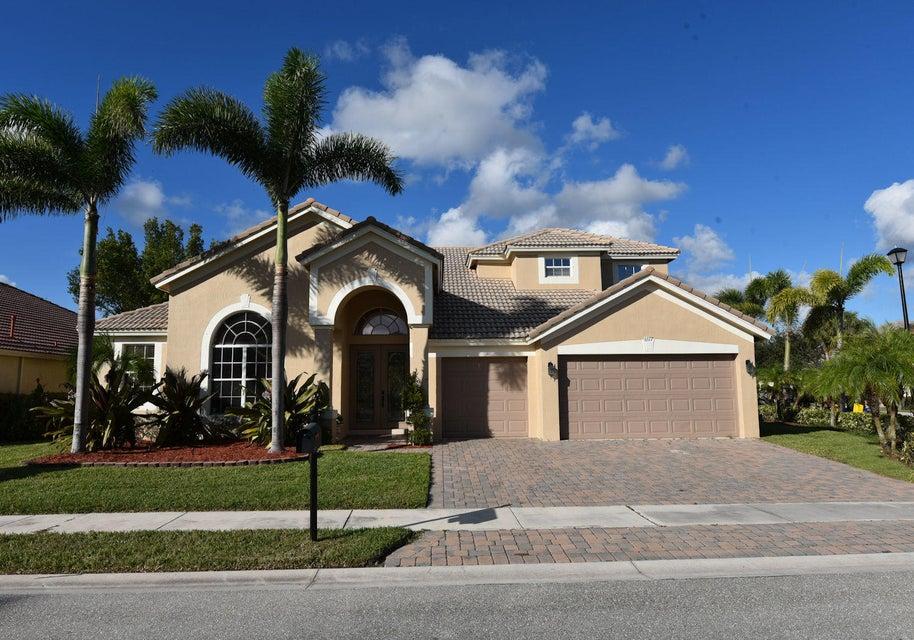 6377 Crown Island Cove  West Palm Beach, FL 33411