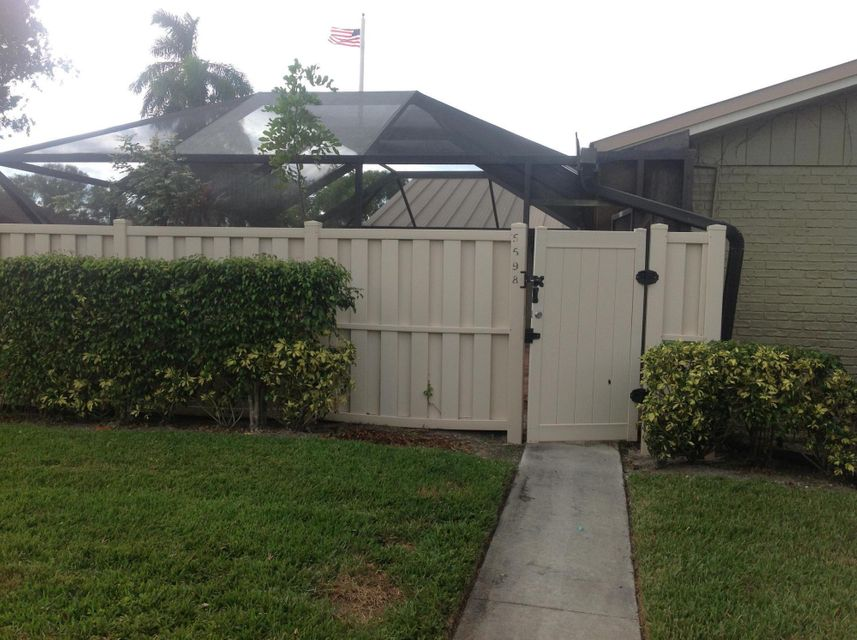 5598 Golden Eagle Circle , Palm Beach Gardens FL 33418 is listed for sale as MLS Listing RX-10376156 27 photos