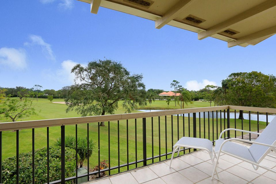 Photo of  Tequesta, FL 33469 MLS RX-10381835