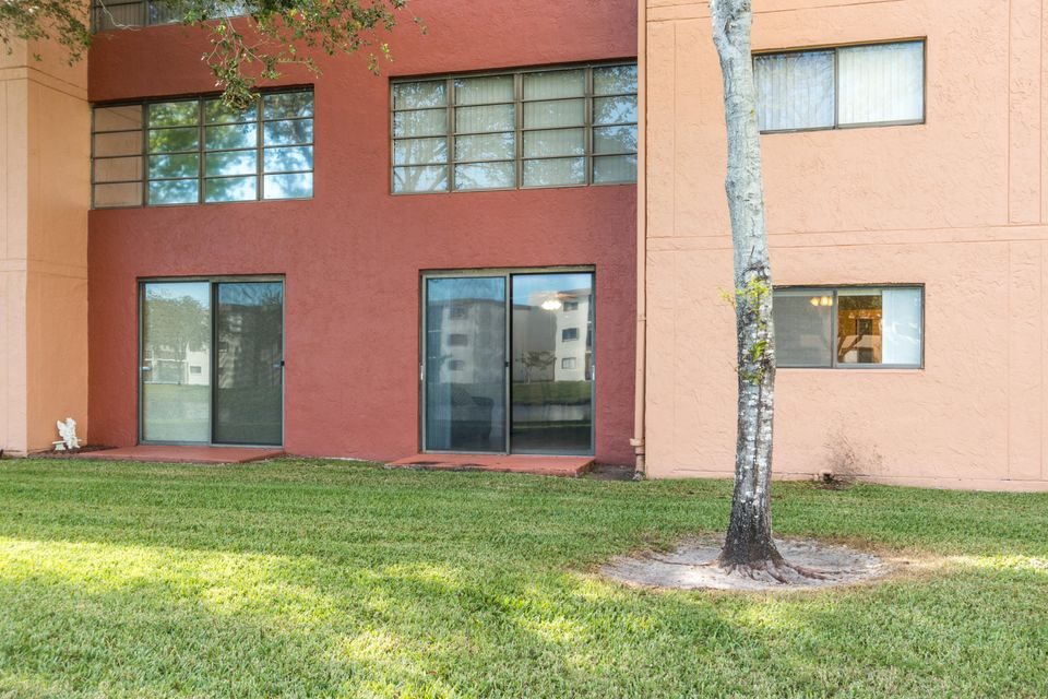 15074 Witney Road Delray Beach, FL 33484 - photo 20
