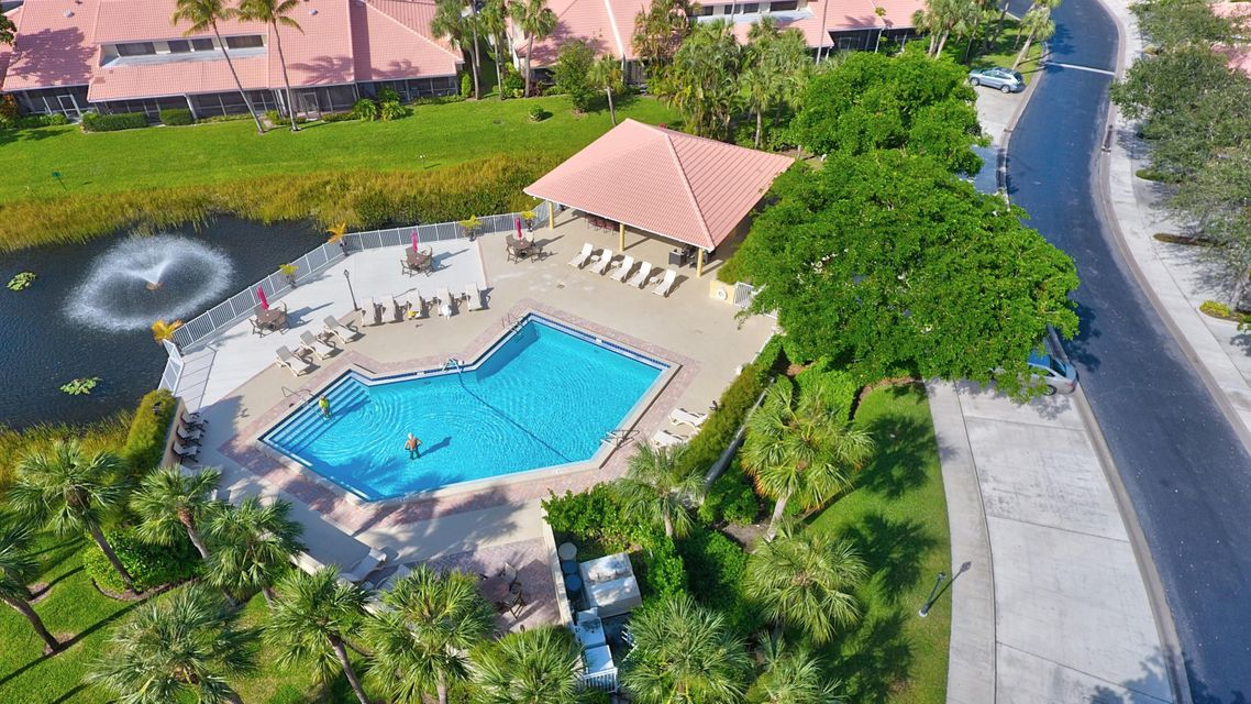 RX-10381947 - 257 Old Meadow Way Palm Beach Gardens FL 33418 in Pga ...