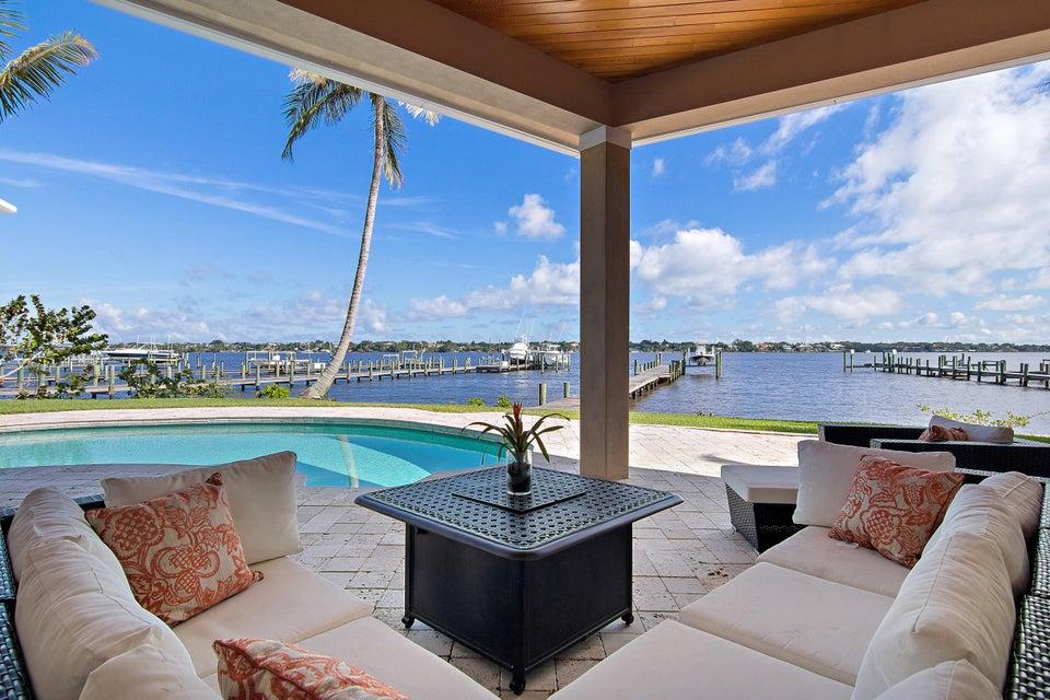 独户住宅 为 销售 在 1265 SE St. Lucie Boulevard 1265 SE St. Lucie Boulevard 斯图尔特, 佛罗里达州 34996 美国
