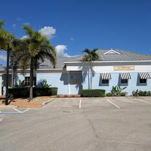 635 SE 10th Street  Deerfield Beach FL 33441