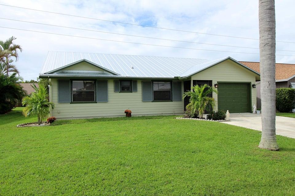 6712 SE Silverbell Avenue  Stuart FL 34997