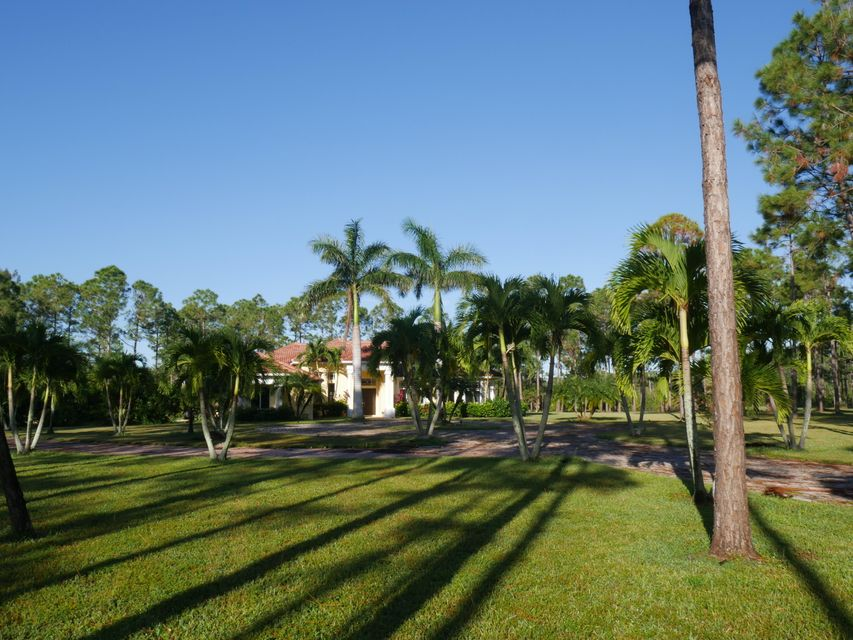 14840 Crazy  Horse Lane , Palm Beach Gardens FL 33418 is listed for sale as MLS Listing RX-10382202 23 photos