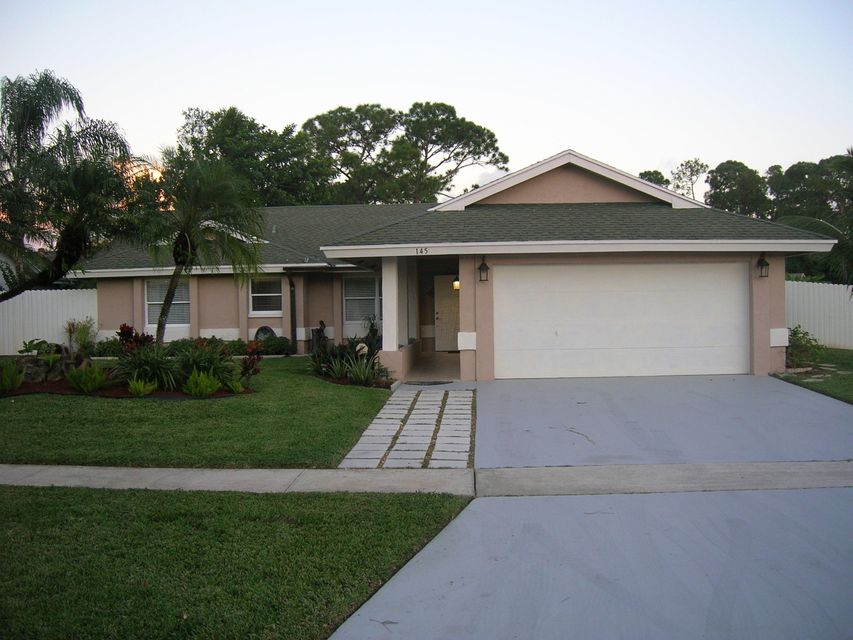 145 Parkwood Drive  Royal Palm Beach, FL 33411