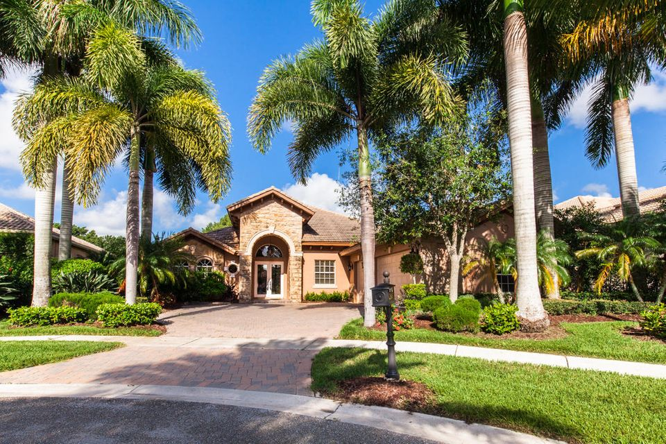 7981  Cranes Pointe Way is listed as MLS Listing RX-10382553 with 73 pictures
