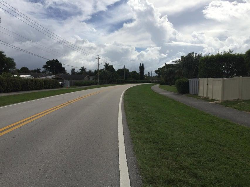 1490 White Pine Drive Wellington, FL 33414 photo 11