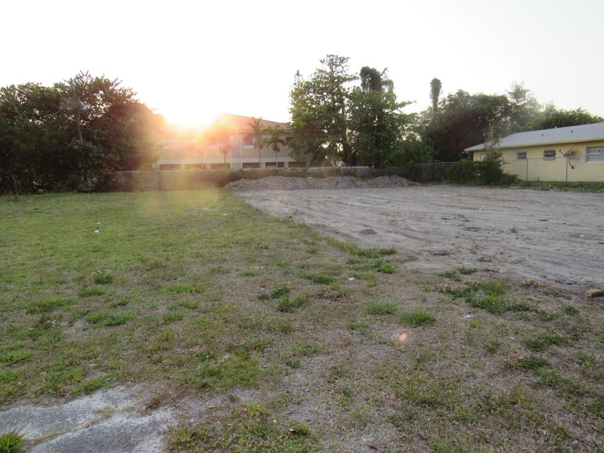 Commercial Land for Sale at 819 NW 1st Avenue 819 NW 1st Avenue Fort Lauderdale, Florida 33311 United States