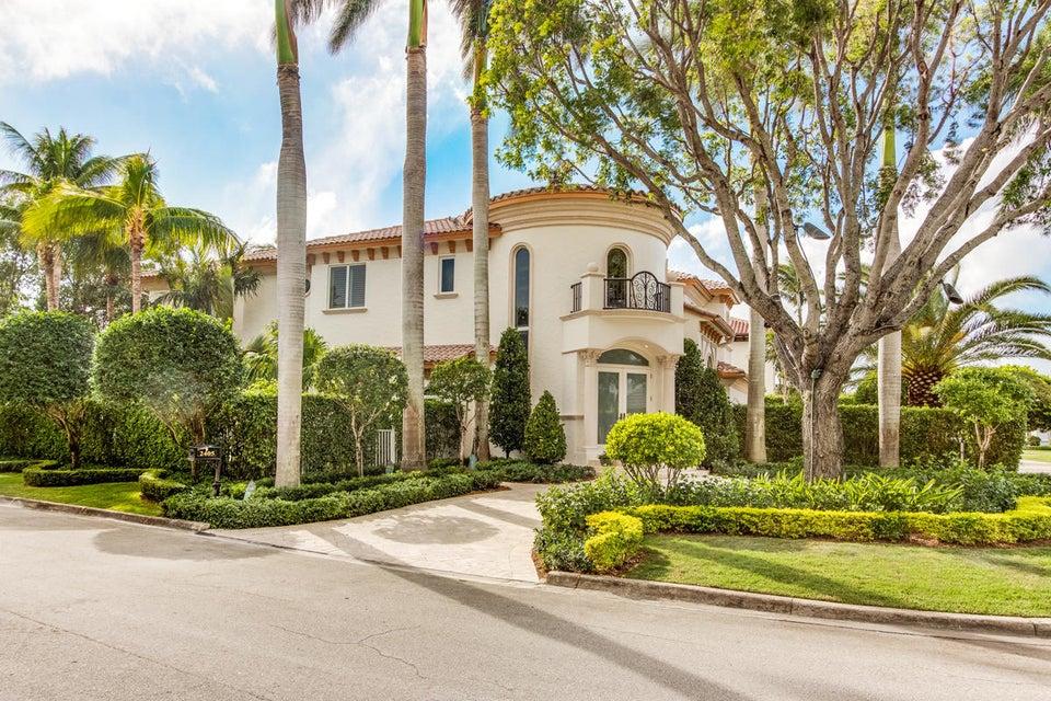 Casa para uma família para Venda às 2405 E Maya Palm Drive 2405 E Maya Palm Drive Boca Raton, Florida 33432 Estados Unidos