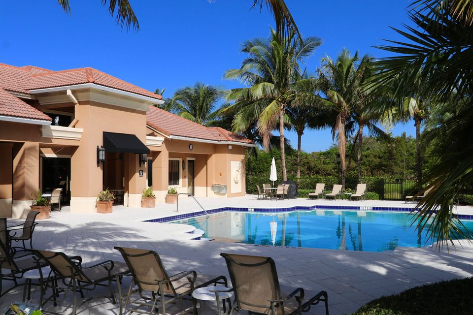 Additional photo for property listing at 4903 Midtown Lane 4903 Midtown Lane Palm Beach Gardens, Florida 33418 États-Unis